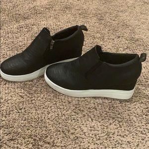 Shoes - Wedge sneaker